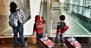 Trasferirsi all'estero con figli e famiglia al seguito: ecco la classifica degli expat con podio e ottavo posto a sorpresa.