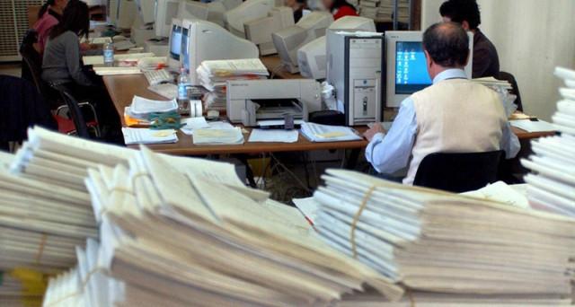 Nuove assunzioni nella pubblica amministrazione: in 4 anni dovrebbero liberarsi 500mila posti grazie ai pensionamenti anticipati.