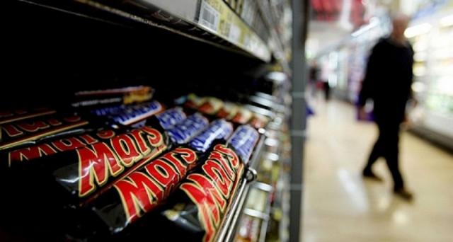 Interessante proposta di lavoro negli Usa, l'assaggiatore di cioccolato per Mars con fornitura di dolci.