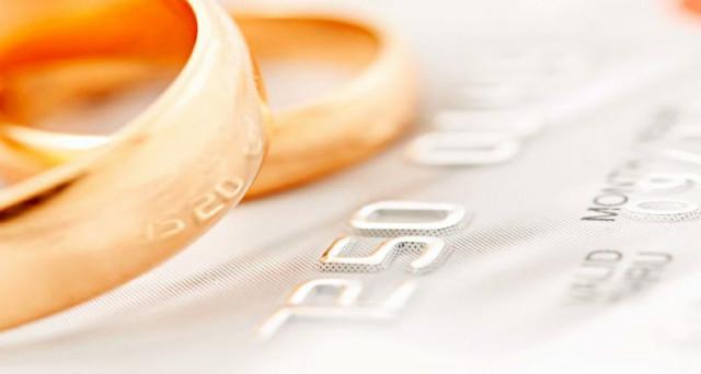 Quanto costa sposarsi e quali spese matrimonio si possono recuperare e scaricare nel 730? Ecco una pratica guida per promessi sposi.