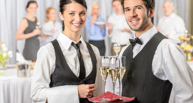 Lavorare nell'hotellerie o fare il cameriere, diventare cuoco o chef: l'importanza dei nomi e dei reality nel mondo del lavoro.