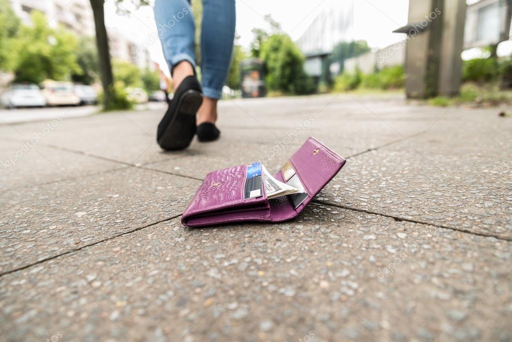 Denuncia smarrimento carta di identit cambiano le regole for Carta di soggiorno 2017 documenti