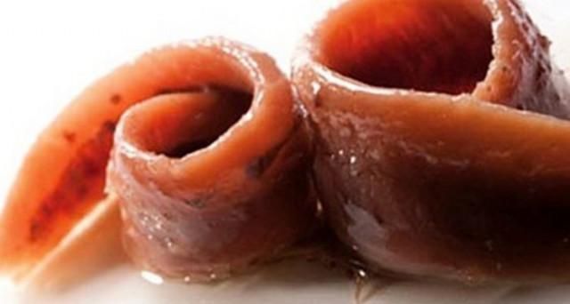 Allerta alimentare: ritirati dai supermercati Eurospin barattoli di filetti di acciughe, contenenti istamina, pericolosa per la salute.