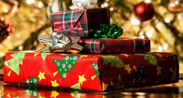 Natale: consigli su come trascorrere Natale e Capodanno in sicurezza, senza perdere di vista il risparmio e il rispetto per l'ambiente.