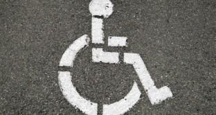 Quali documentazioni presentare per l'esenzione bollo auto per ciechi parziali?