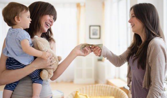 Cercasi baby sitter 2018 per bambino di sei mesi: quale contratto e quale stipendio? Facciamo chiarezza.