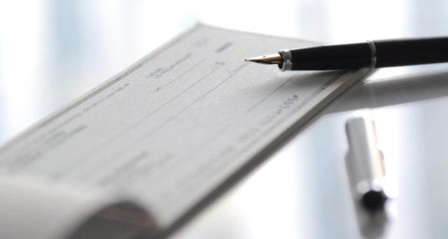 Interrogazione sulle multe per assegni non trasferibili senza clausola: le sanzioni vanno rimodulate agli importi degli assegni e la banca dovrebbe essere tenuta a ritirare i blocchetti di assegni vecchi senza clausola di non trasferibilità.