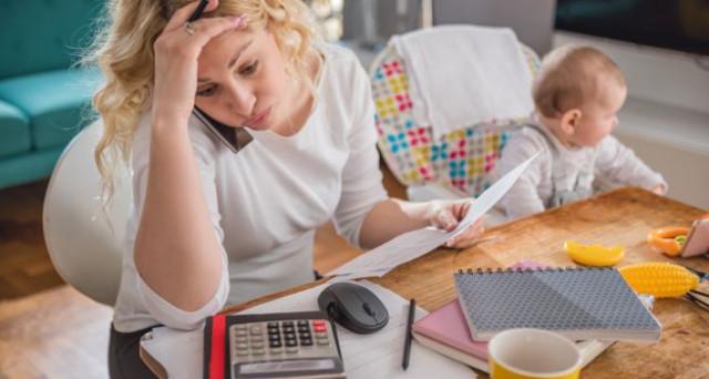 Controlli fiscali sulle casalinghe: quando scattano, che cosa si rischia e come difendersi.