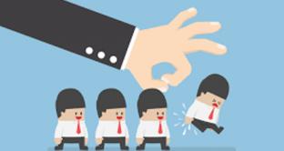 Malattia del lavoratore in prova: chi non ha ancora firmato il contratto rischia la visita fiscale di controllo?