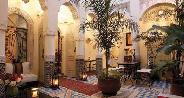 Quali vantaggi fiscali sono previsti per chi trasferisce la pensione in Marocco? Punti in comune con il Portogallo e differenze.