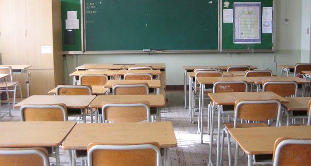 Rinizia la scuola: quali regole valgono per la visita fiscale per insegnanti e genitori?