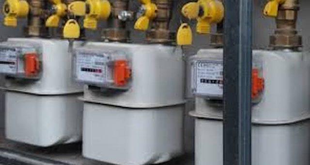 Contatori del gas difettosi che fanno spendere anche quando non consumiamo: l'inchiesta de le Iene e come fare per controllare il funzionamento.