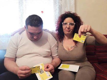 Il post che sbeffeggia l'Italia sul reddito di cittadinanza a chi non ha voglia di lavorare. Ma è una bufala.