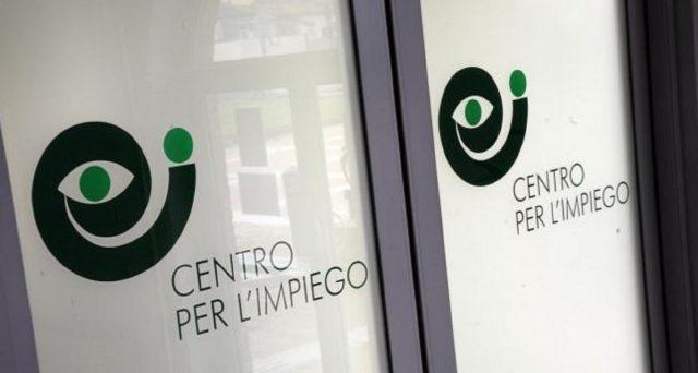 Fase 2 Reddito di Cittadinanza: chi è esonerato dalla convocazione presso il centro per l'impiego e dalla firma del patto di lavoro?