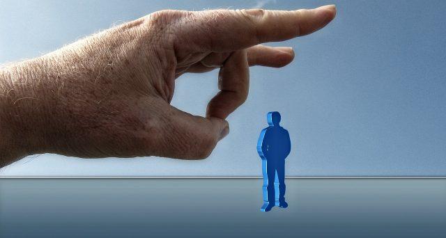 Cambio mansioni: quando serve accordo e quando il datore di lavoro può decidere da solo. Limiti e tutele: facciamo chiarezza.