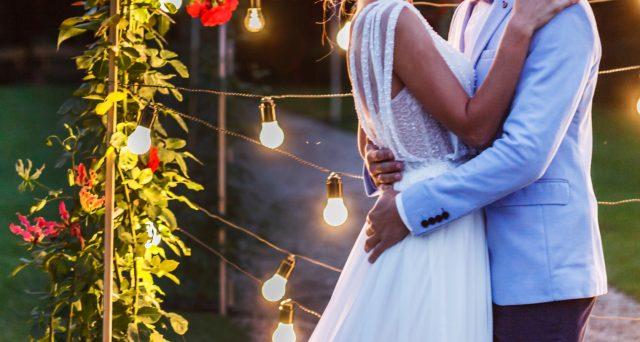 Il lavoratore che si sposa ha diritto all'assegno per congedo matrimoniale pagato dall'Inps. Importo, durata e requisiti per avere diritto al sussidio e casi di esclusione.