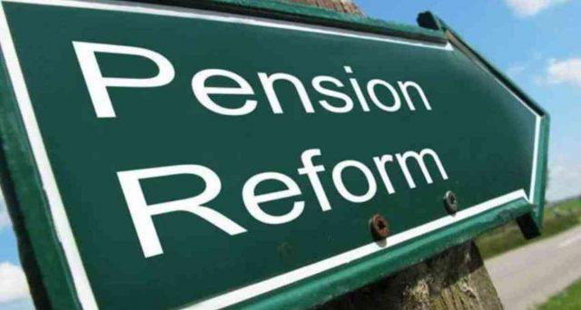 Appena due pagine di programma e nessun riferimento nero su bianco per le novità su pensioni. Nel silenzio del governo avanzano le ipotesi: dal 2022 ci sarà un'APE rinforzata?