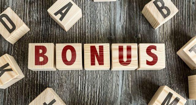 Tra i progetti del governo quello di un bonus da 40 euro in busta paga per i lavoratori poveri e un bonus da 60 euro. Quali tempistiche?