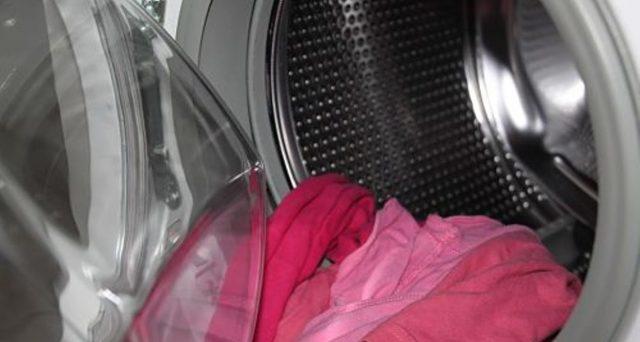 Il regolamento di condominio può vietare l'uso della lavatrice di notte? Chi decide quando un elettrodomestico è eccessivamente rumoroso (oltre i limiti della tollerabilità)?