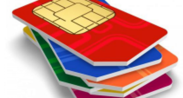 Il governo pensa di introdurre una tassa sulle SIM dei cellulari business. Un prelievo da 1 miliardo di euro per far quadrare i conti in manovra.