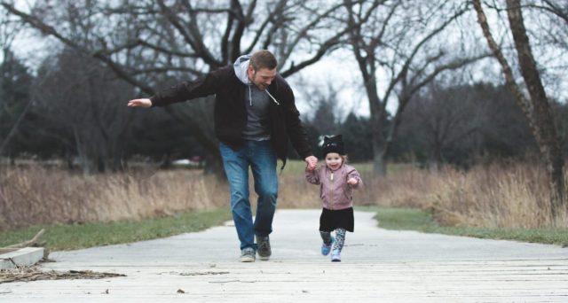 Via libera del governo alla proroga dei termini di fruizione del congedo parentale Covid-19 e al raddoppio dei permessi fruibili dai genitori.