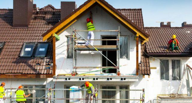 Bonus facciate, eco bonus e lavori di ristrutturazione. Come fruire correttamente delle detrazioni fiscali quando si rimette a nuovo l'esterno della casa.