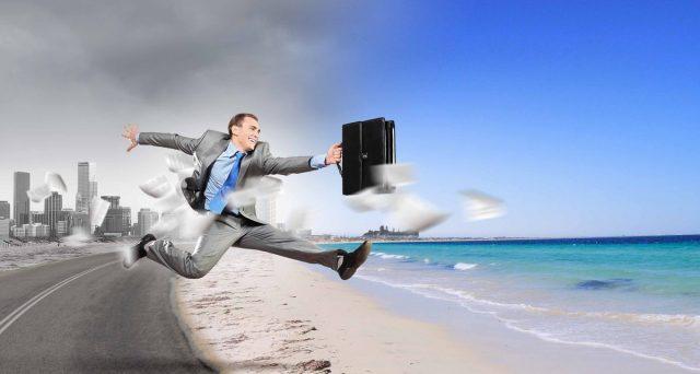 Il dipendente pubblico che non usufruisce delle ferie nei termini previsti, perde il diritto al riposo. Il datore di lavoro ha l'onere di informare i dipendenti della scadenza.