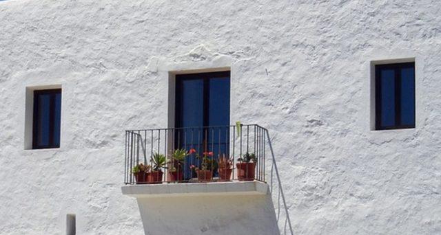 Tassa sui balconi: bufala o rischio reale? Facciamo chiarezza sull'ombra del nuovo canone!
