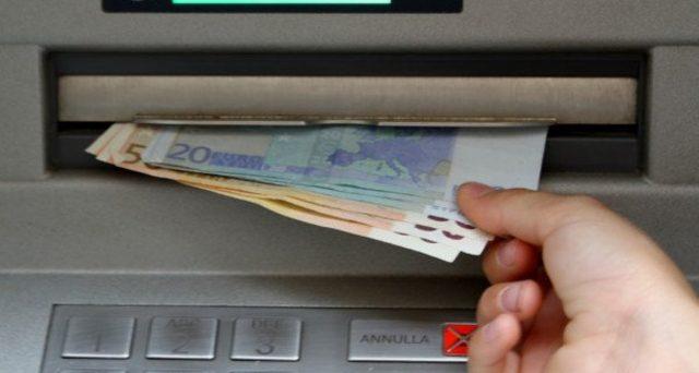 Limite per i pagamenti in contanti: se prelevo più volte dal conto a distanza di pochi giorni sono esposto al rischio di multe?