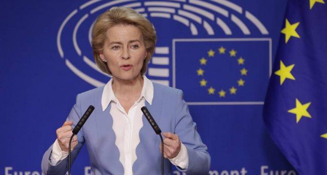 Bruxelles vuole che sia introdotto il salario minimo europeo. Molti Stati già ce l'hanno, ma l'Italia è rimasta indietro. 950 euro sarebbe il minimo sindacale.