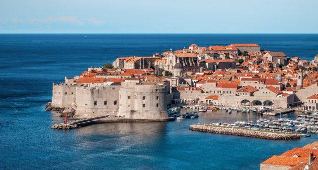La Croazia è uno dei Paesi Ue dove non si pagano tasse sulle rendite finanziarie. Un paradiso fiscale per rentier, ma serve trasferimento di residenza oltre confine.