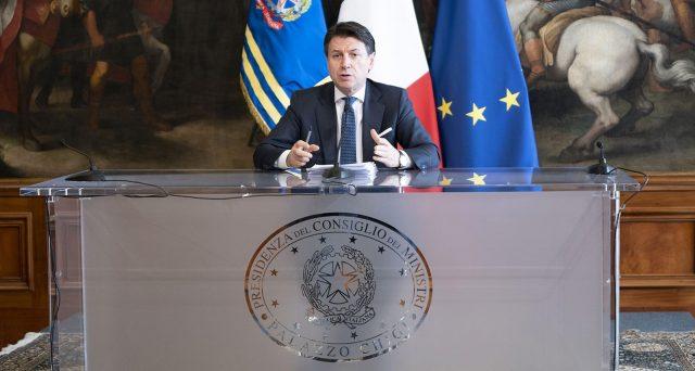 Una delle misure più discusse in questi giorni. Ecco come ottenere il Bonus 100 euro previsto dal Cura Italia.
