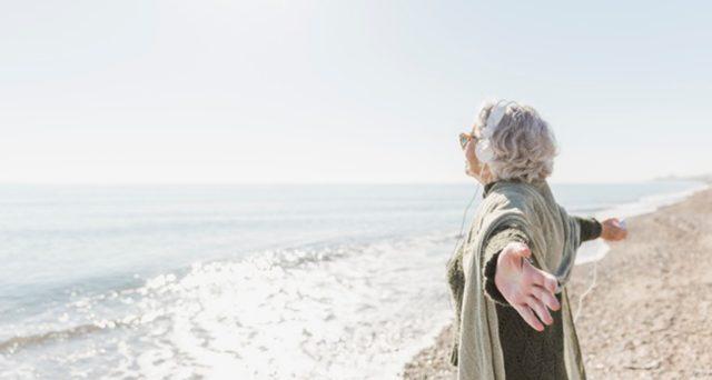 Non solo Portogallo, quali alternative per trasferirsi in pensione all'estero vicino all'Italia e vivere sul mare pagando poche tasse. Tra le