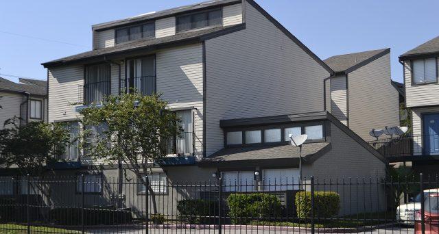 La mancata proroga riguarda anche l'imposta di registro all'1,5% sugli immobili 1° casa.