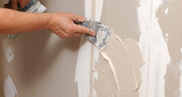 Se realizzo un cappotto termico in condominio posso usufruire del bonus 110% anche per la tinteggiatura delle pareti interne della casa con vernice traspirante anti muffa?