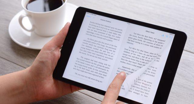 Boom di acquisti di eBook a discapito dei libri tradizionali durante il lockdown. Tutti i vantaggi della lettura digitale.