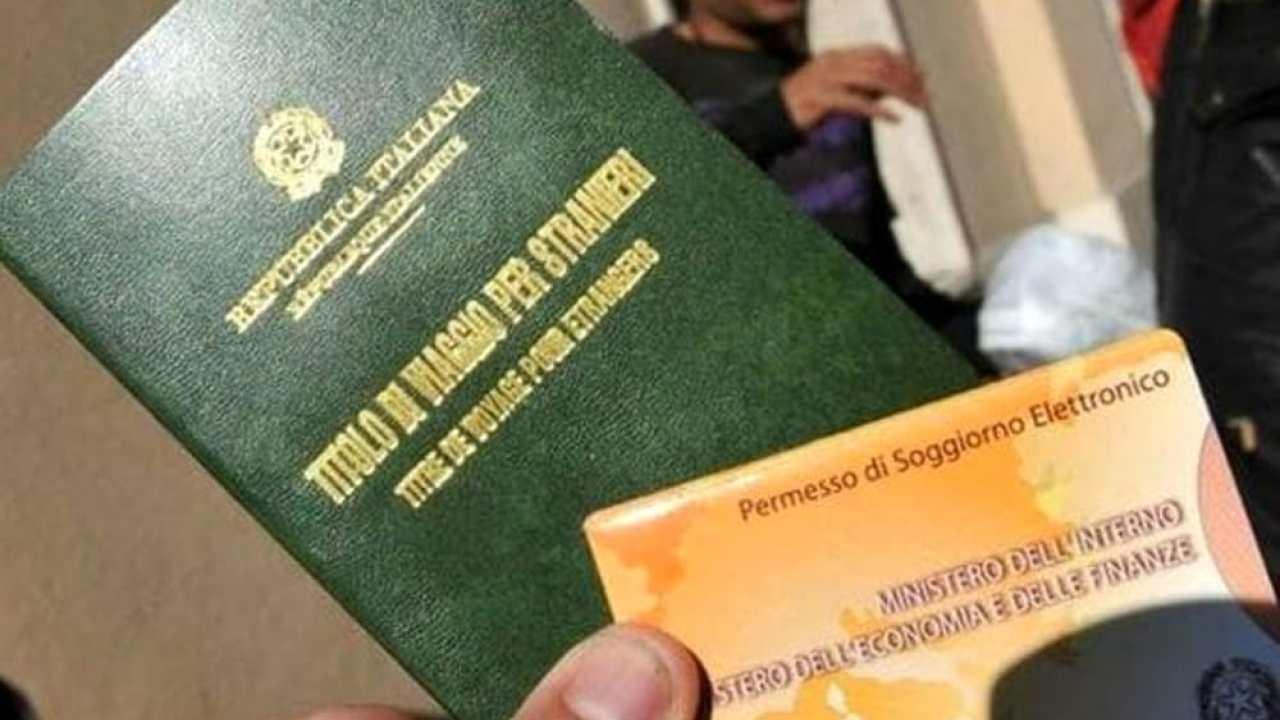 Regolarizzazione dei lavoratori stranieri: ecco i codici ...