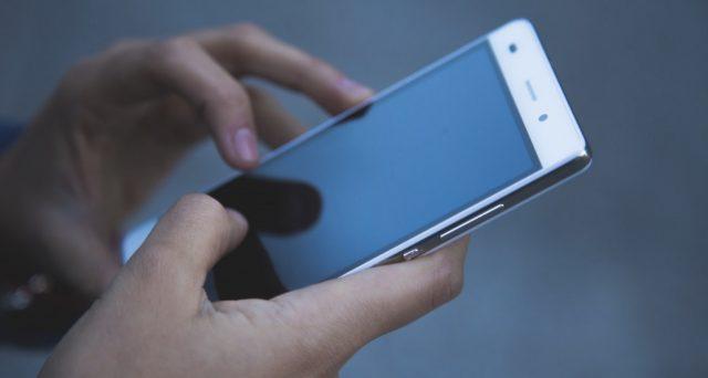 Per le autocertificazioni sarà sufficiente utilizzare una app. Bisogna però avere uno smartphone, scaricare il programma e autenticarsi con lo Spid. E se non c'è campo?