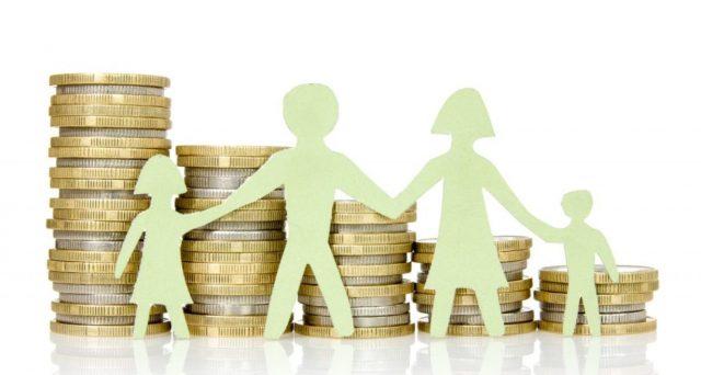 Bonus di 240 euro mensili per ogni figlio avente sino a 21 anni: attivo dal 2021? Ecco le ipotesi più gettonate su requisiti e modalità di erogazione. Facciamo chiarezza
