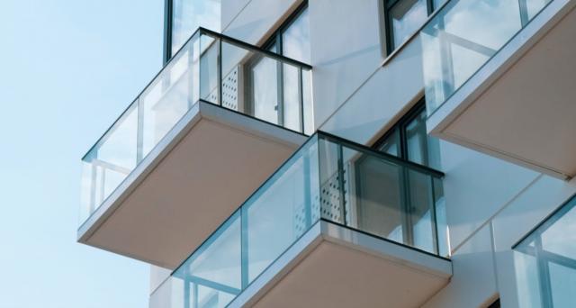 Il Bonus facciate non spetta per gli interventi effettuati ai muri interni dell'edificio, eccezion fatta per quelli visibili dalla strada o da suolo ad uso pubblico.