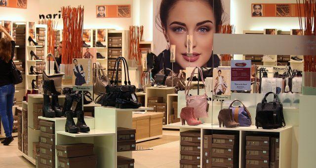 Bonus shopping, per favorire i consumi di abbigliamento, calzature, arredamento