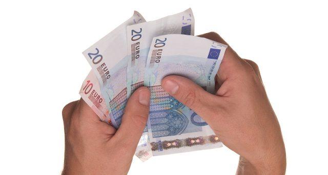 Bonus e aumenti in busta paga ad agosto 2021: facciamo chiarezza, chi ne ha diritto
