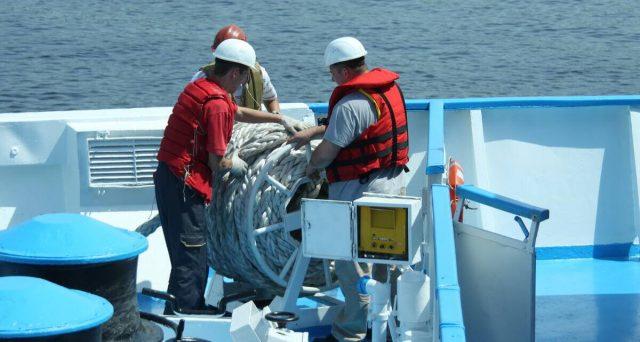 Bonus di 600 euro anche per i lavoratori marittimi e sportivi. Le novità contenute nel decreto di Agosto. Come presentare la domanda.