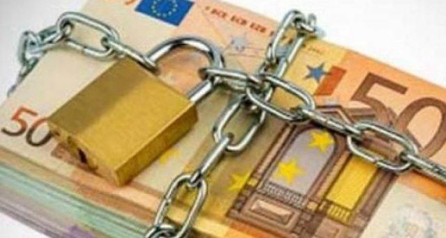 Pignoramento stipendi e pensioni bloccato fino a metà ottobre. Congelate col decreto di Agosto anche le rate in corso e le nuove misure esecutive e cautelari fiscali.