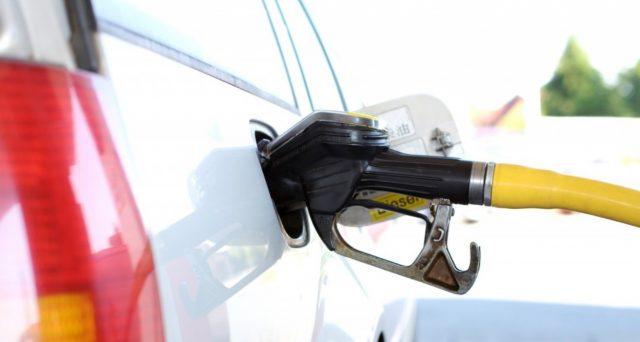 Allineare le accise diesel e quelle della benzina, tramite un progressivo aumento delle prime. Salvo il gasolio commerciale, avviata una consultazione online