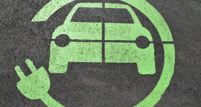 Poiché costituisce un pezzo esterno al veicolo, non può essere assoggettato ad IVA del 4% l'acquisto della colonnina per ricaricare l'auto elettrica del soggetto disabile