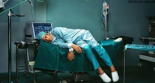 Chi svolge lavoro notturno può andare in pensione prima. Come vengono calcolati i bonus dei lavori usuranti di notte.