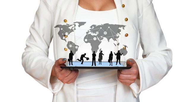 La possibilità di costituire una start-up tramite procedura online comporta risparmio in termini di costi e tempi