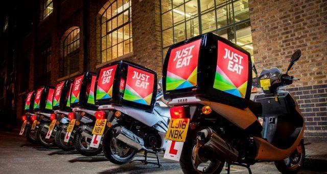 Just Eat potenzia le proprie attività per la consegna di pasti a domicilio. Commissioni a zero per i nuovi clienti.