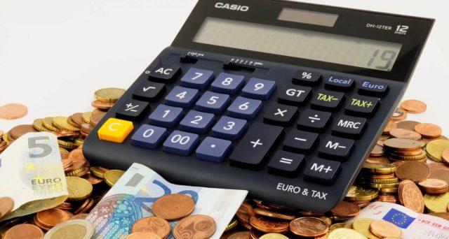 """Tutti i creditori italiani che stanno attendendo la restituzione di un'obbligazione possono bloccare i conti correnti bancari per riavere il """"quantum"""" spettante."""